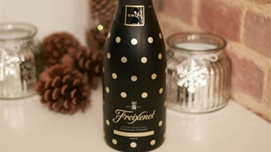 Festive Cordon Negro Polka dots Limited Edition