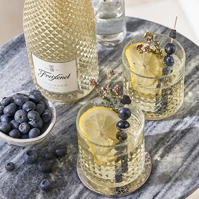 Limoncello Prosecco with Thyme and Blueberries